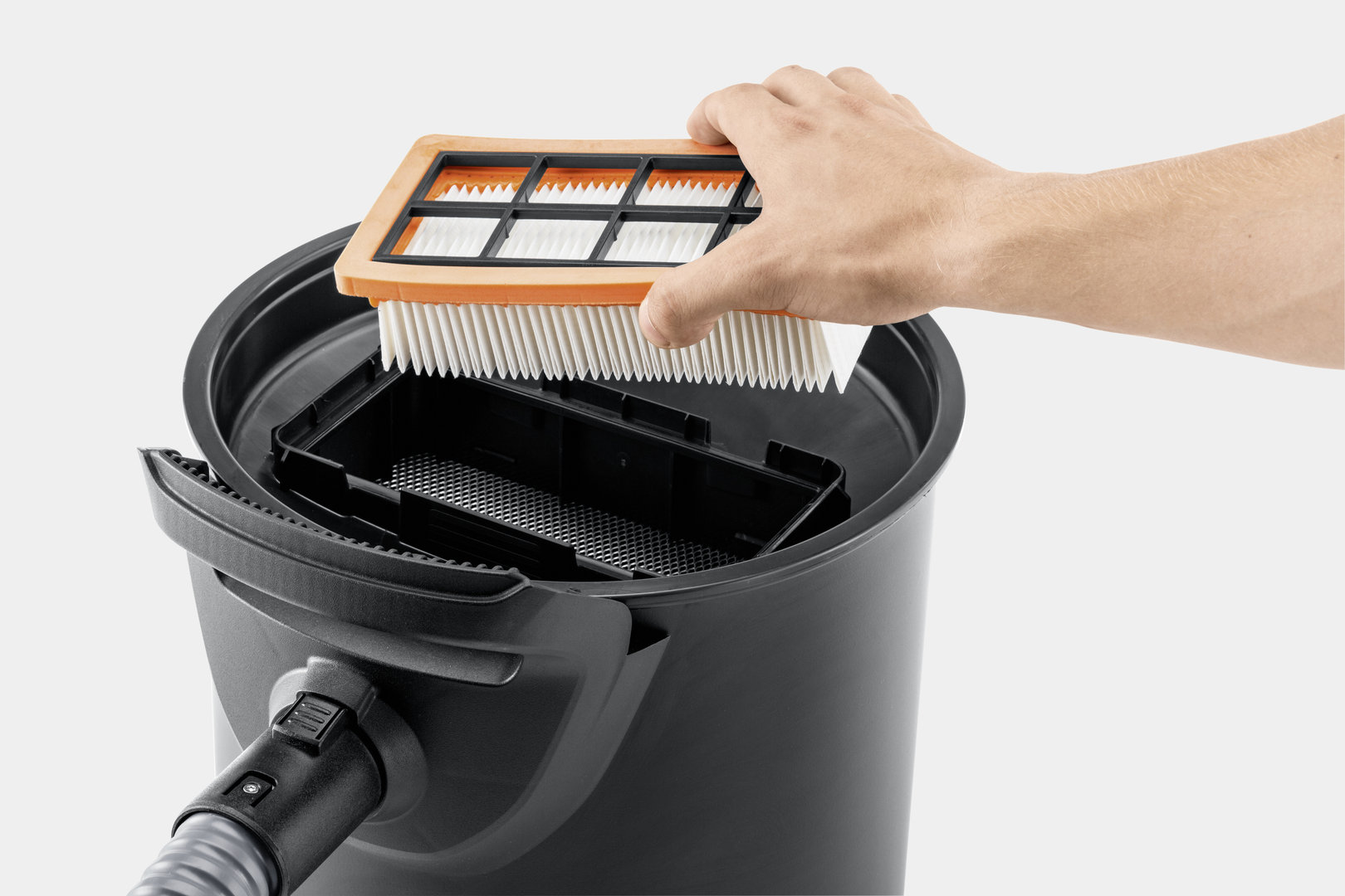 ad 4 premium ash vacuum cleaner with filter cleaner a + chimney